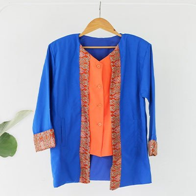 Kemeja batik kombinasi kain polos