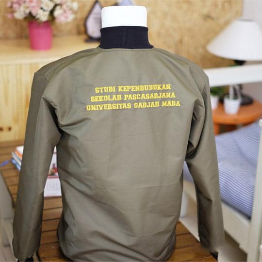 Jaket Almamater Studi Kependudukan Pasca Sarjana UGM