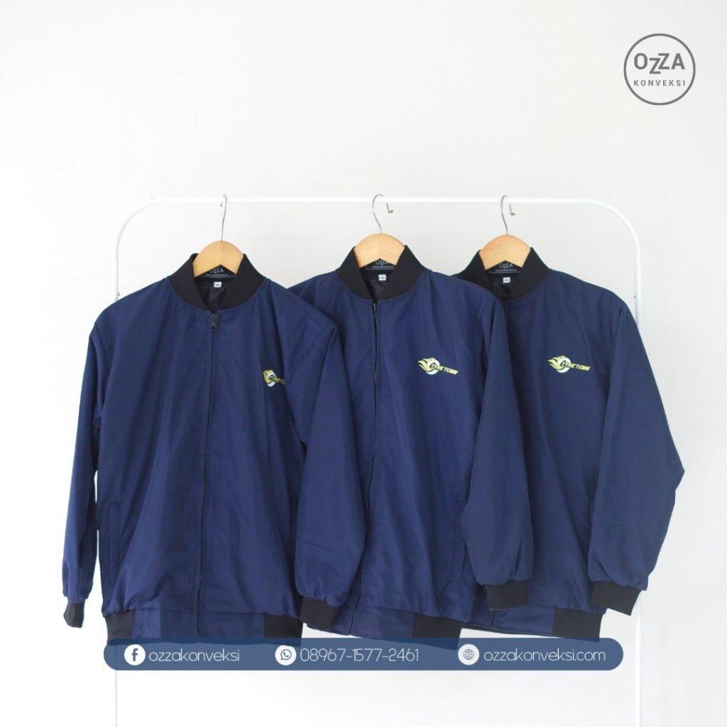 Desain jaket Coach Polos