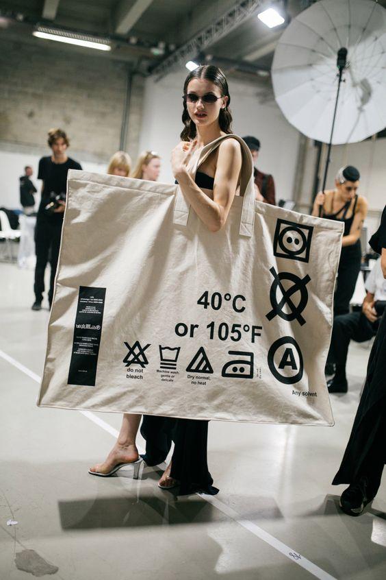 Fashion Trend Tote Bag Besar