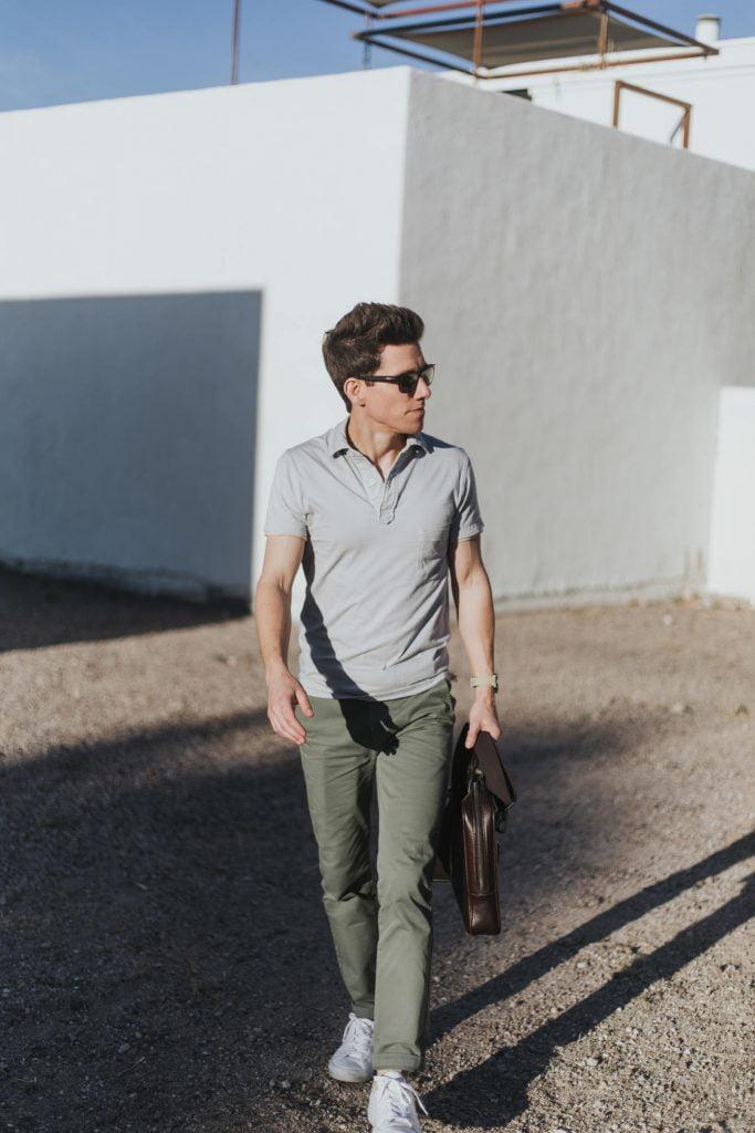 Ide Pakaian Polo Pria Dengan Chinos