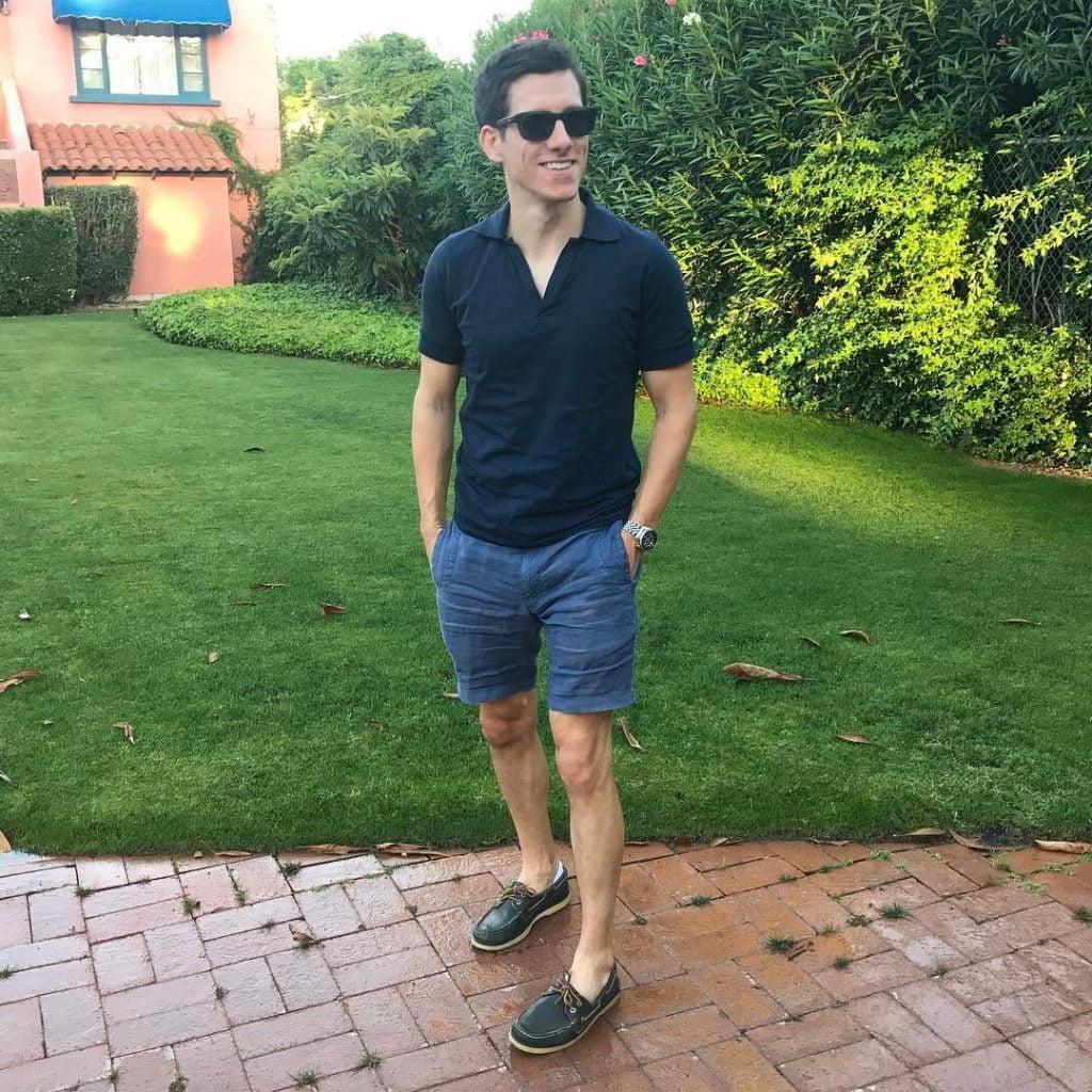 Polo Kasual Dengan Celana Pendek